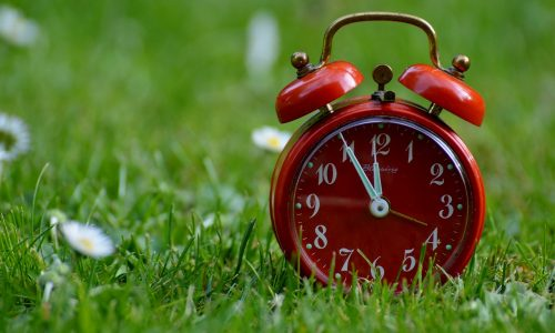 心の疲れを癒す時間術とは